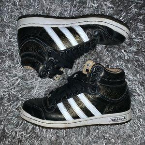Adidas Too Ten Sample Sneakers
